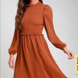 Lulus NWT rust orange long sleeve midi dress